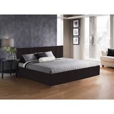 How To Arrange Simple Bedroom Designs Decorated With Variety Of
