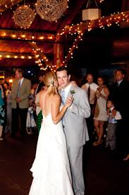Weddings In The White Mountains NH Rustic Barn Onsite Restaurant Two Locations For Mountainside Receptions Jackson New Hampshire