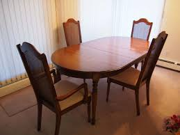 Beautiful Oak Dinner Table W/ Wooden Chairs (4) LIKE NEW! (With Insert,  71