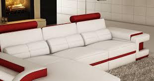deco in canape d angle cuir blanc et design avec