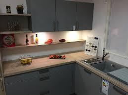 sonstige musterküche graue lack küche kombiniert mit holz