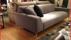 tapisser un canapé kyotoglobe com canape beautiful canapé chesterfield velour