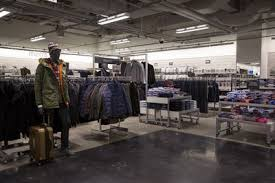 Nordstrom Doubles Down on Discount Format Amid Retail Woes Bloomberg