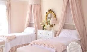 rideaux chambres à coucher modele rideau chambre beautiful dco chambre a coucher pale