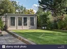100 Modern Summer House A Modern Summerhouse Shed In A Very Well Manicured Domestic Garden