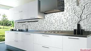 idee mur cuisine idee deco carrelage mural cuisine carrelage cuisine mur emaux de