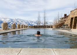 100 Resorts With Infinity Pools Most Amazing Hotel Pools Across America CNN Travel
