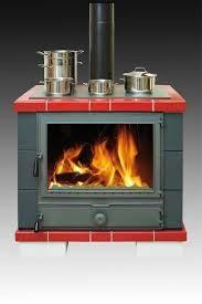 cuisine poele a bois cuisinière à bois avec four avantage conseils oliger