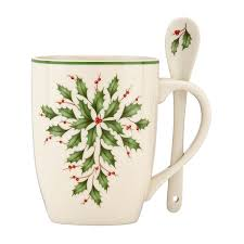Spode Christmas Tree Mug With Peppermint Handles by Amazon Com Lenox Holiday Cocoa Mugs With Spoons Ivory Set Of 2