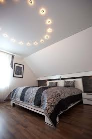 schlafzimmerdecke gestalten plameco decken schnell und sauber