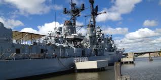 Halloween City Saginaw Mi by Navy Destroyer Uss Edson Serves As Halloween Attraction