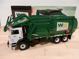 100 First Gear Garbage Truck 134 WASTE MANAGEMENT MACK FrontEnd Loader