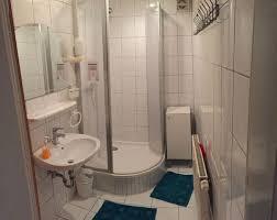 badezimmer ferienwohnung raum erlangen