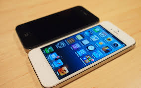 iPhone 5 now on sale in the UK handson1 – Electricpig