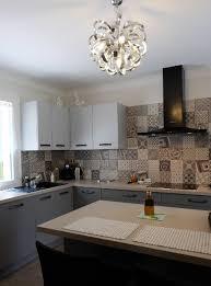 carreaux ciment cuisine carreaux de ciment habillez le sol les murs et la crédence de