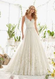 5374 metallic embroidery crystal beading accents plunging