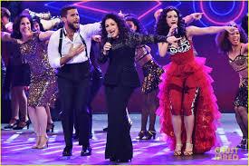 Cast Of Halloweentown by Gloria Estefan U0026 Broadway U0027s U0027on Your Feet U0027 Cast Perform At Tony