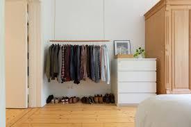 stauraum im schlafzimmer schaffen tipps für mehr platz otto