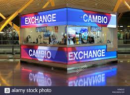 bureau de change dublin airport airport currency money exchange stock photos airport currency