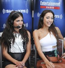 Sirius Xm Halloween Channel 2015 by Marie Avgeropoulos Photos Photos Siriusxm U0027s Entertainment Weekly