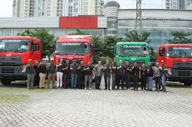 UD Trucks Menggelar Acara 'Check And Drive' Truk Quester Di Surabaya Vanguard Truck Centers Commercial Dealer Parts Sales Service Good For A 10 Cube Tipper Nissan Ud 390 Buy It Build World New Used Isuzu Fuso Ud Cabover Elenigmadesapo Trucks And Tcie Launch All New Croner To Help Customers Maximize Success Blog Wide Range Of Trucks Serve South Tan Chong Industrial Equipment Launch Mediumduty Croner Quester Range Now In The Middle East Drive Arabia 2008 3300 Chicago Il 5001216535 Cmialucktradercom Pakistangnl Home Facebook 1993 Rollback Tow Car Hauler Wreaker Youtube Forsale Americas Source