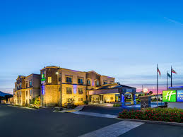 Holiday Inn Express & Suites San Jose Morgan Hill Hotel by IHG