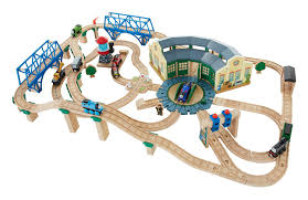 Tidmouth Sheds Wooden Roundhouse by Amazon Com Fisher Price Thomas The Train Wooden Railway Tidmouth