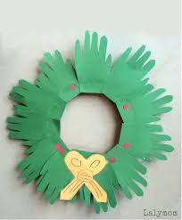 Christmas Arts And Craft For Toddlers Holiday Wreath Crafts Projects Art Ideas Kindergarten