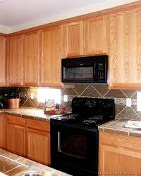Kitchen Backsplash Ideas With Dark Oak Cabinets by Light Oak Kitchen Ideas U2013 Quicua Com