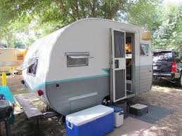 I LOVE This Paint Job Trailer Teal Grey