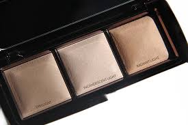 Is The Hourglass Ambient Lighting Palette Worth The Hype