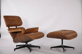 Китай Charles And Ray Eames Lounge Chair And Ottoman ... How To Store An Eames Lounge Chair With Broken Arm Rest The Anatomy Of An Eames Lounge Chair The Society Pages Best Replica Buyers Guide And Reviews Ottoman White Edition Tojo Classic Chocolate Leather Vintage Grey Collector New Dims Santos Palisander Polished Black Lpremium Nero All Conran Shop Shock Mount Drilled Panel Repair Es670 Restoration By Icf For Herman Miller Vitra