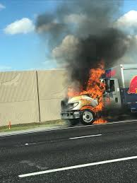 100 Redbull Truck Joel Franco On Twitter PHOTO Red Bull Truck Caught Fire On I75