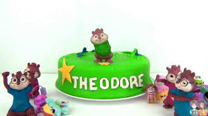 Alvin And The Chipmunks Cake Decorations by Alvin And The Chipmunks Play Doh Toy Surprise Cake With Alvin