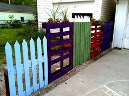 Gartenzaungestaltung Beispiele Fur Selbstgebaute Like Fences Made From Wood Pallets