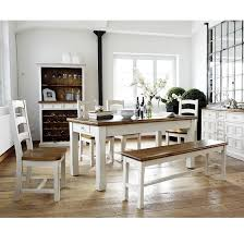Sleek Dinner Table And Chair Or Benches Boddem