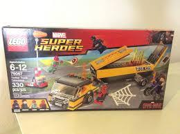 EAN 5702015597807 - Lego Super Heroes 76067 Tanker Truck Takedown ...