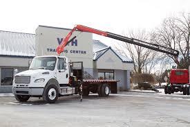 100 Istate Truck Center 2017 Freightliner M2106