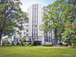 One Bedroom Apartments Memphis Tn by Kimbrough Towers Apartments Memphis Tn Walk Score