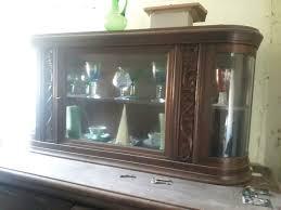 antik buffet wohnzimmer schrank eiche glas ornamente stehtisch