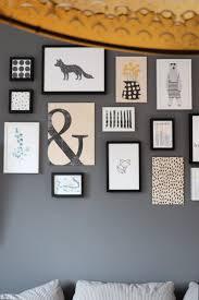 wohnzimmer bilderwand grau lavendelblog