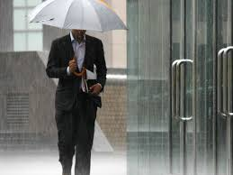 Shed Rain Umbrella Amazon by 11 Rainy Day Hacks Business Insider