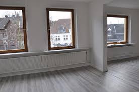 attraktive und komplett renovierte altbauwohnung sperz