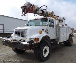 1995 International 4800 Digger Derrick Truck | Item DB2058 |...
