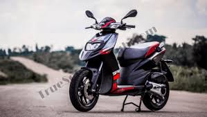 Aprilia SR 150 Reviews Features Price And Specifications 2017