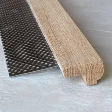 profilé bois pour escalier