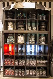 Halloween Town Burbank Hours by 10 Best Vitrine Halloween Images On Pinterest Store Windows