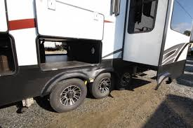 Luxury Fifth Wheel Rv Front Living Room by 2017 Grand Design Momentum 376th Front Livingroom Rear Bedroom