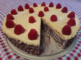 vanille nougat torte mit keksen
