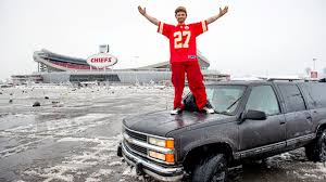 100 Two Men And A Truck Kansas City Man Who Helped Chiefs Player Has Criminal Record The
